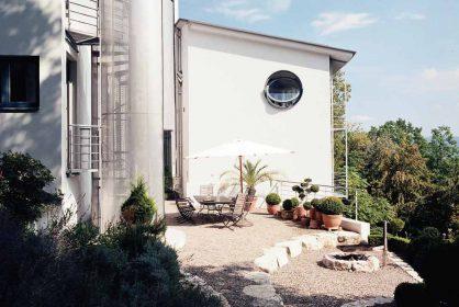 oeldenberger tiengen hillside family home